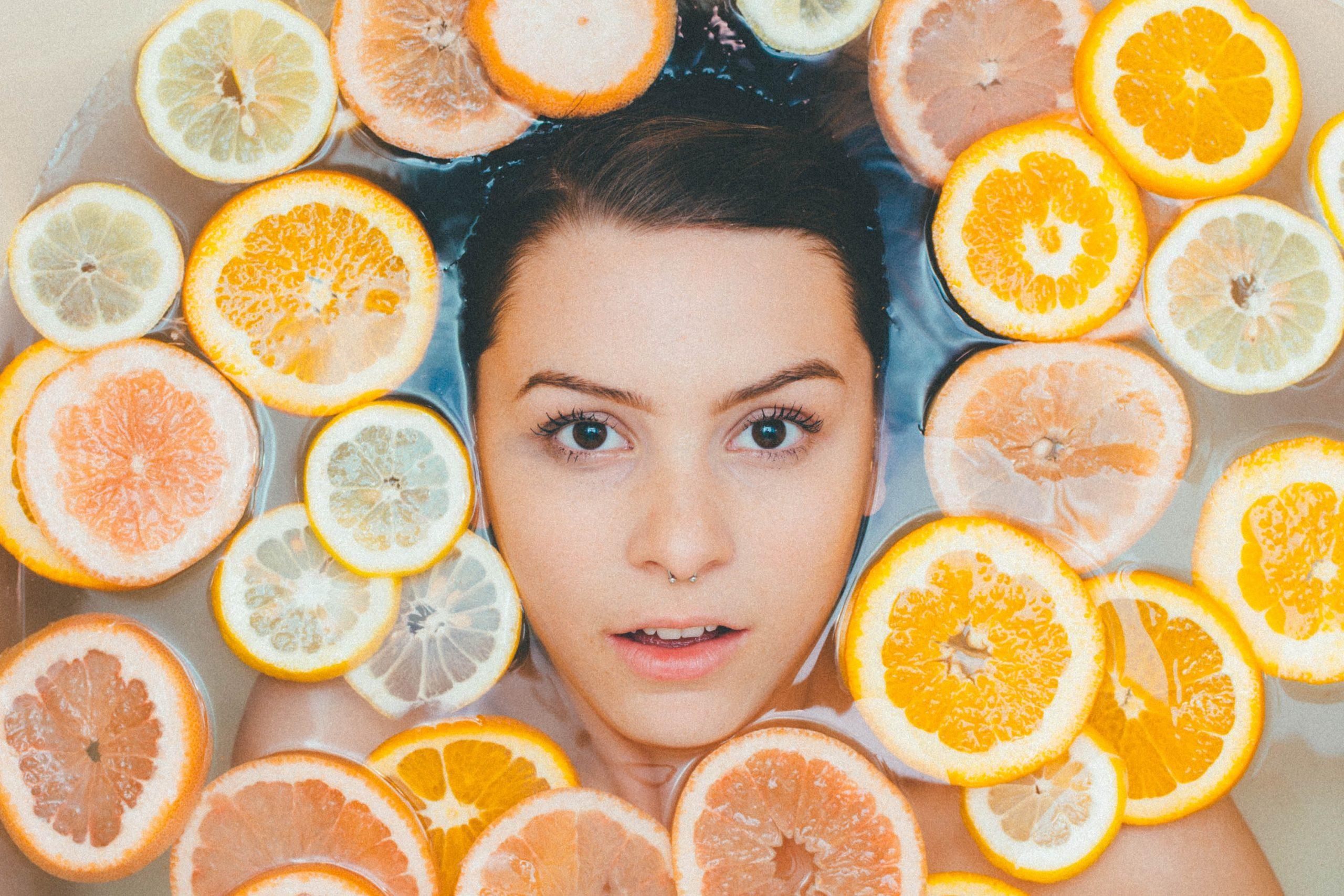 Serum z witaminą C – jak często je stosować?